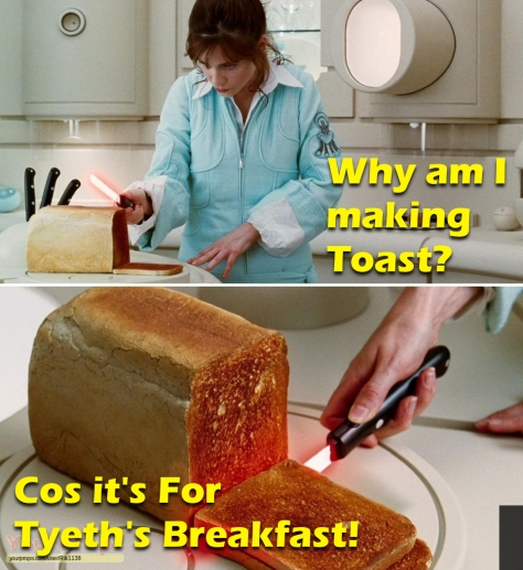 The-Hitchhiker-s-Guide-to-the-Galaxy-Loaf-of-Toast-and-lightsaber-knife-4